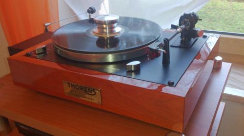 Thorens TD147
